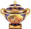 Classic Worcester Urn