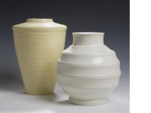 keith murray wedgwood cream and moonstone vase
