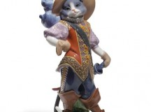 Lladro's Puss in Boots