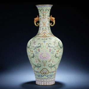 Imperial Chinese Vase