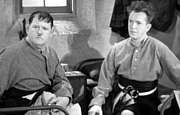 laurel-and-hardy-costume-bonnie-scotland-photo