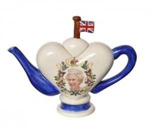 Tony Carter Heart Diamond Jubilee Teapot 2012