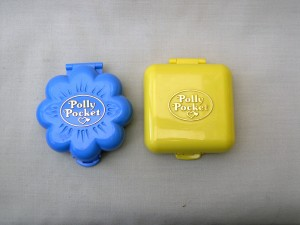B polly pocket  closed compacts