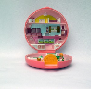 F polly pocket  vet