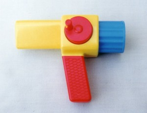 U 1980s kaleidoscope with handles
