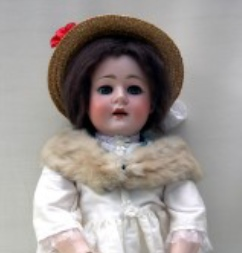 A Walther & Sohn 125 10 doll Antique Bisque Dolls