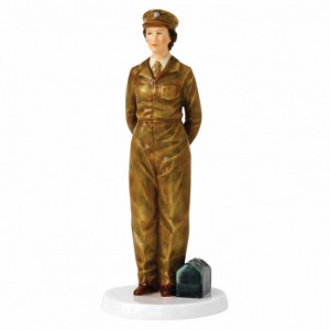 royal-doulton-queen-elizabeth-90-army-days