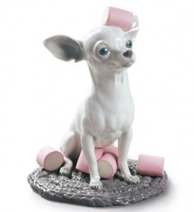 Lladro CHIHUAHUA WITH MARSHMALLOWS