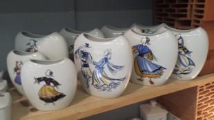 Ceramiques de Cornouaille – a modern Quimper factory
