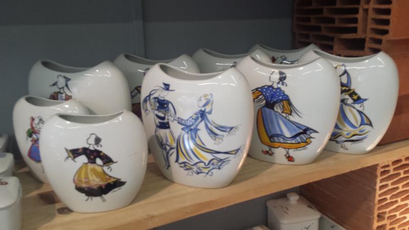 Ceramiques de Cornouaille Costume Design by Joëlle Josselin