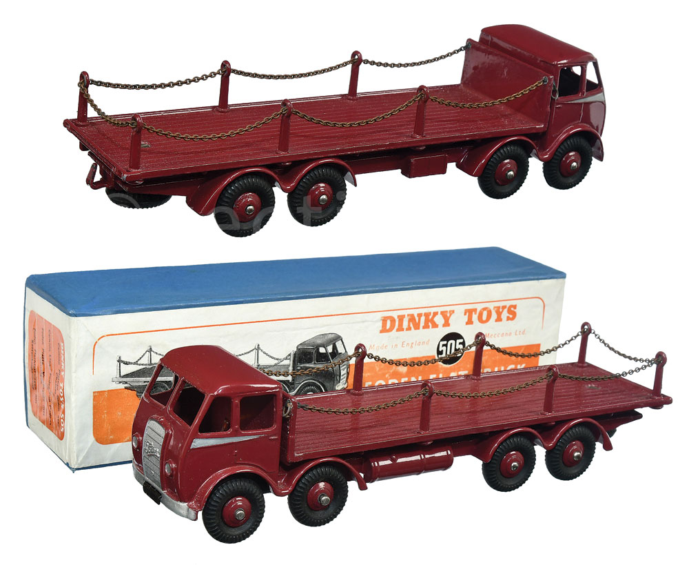 Dinky No 505 Foden 1st type 8-wheel Flat Truck with Chains