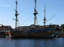 HM Bark Endeavour Replica to be sold at auction
