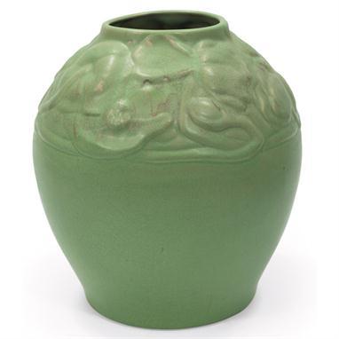 Van Briggle large bulbous form floral vase 1905
