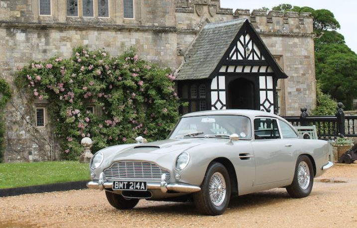 James Bonds Goldeneye Aston Martin DB5