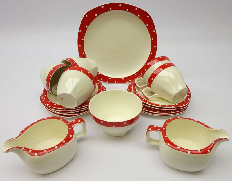 Midwinter Red Domino tea set by Jessie Tait