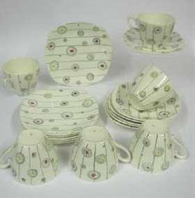 Midwinter pottery Stylecraft Fashion shape Festival pattern designed by Jessie Tait