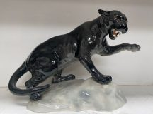 Beswick Puma on Rock Model 1702