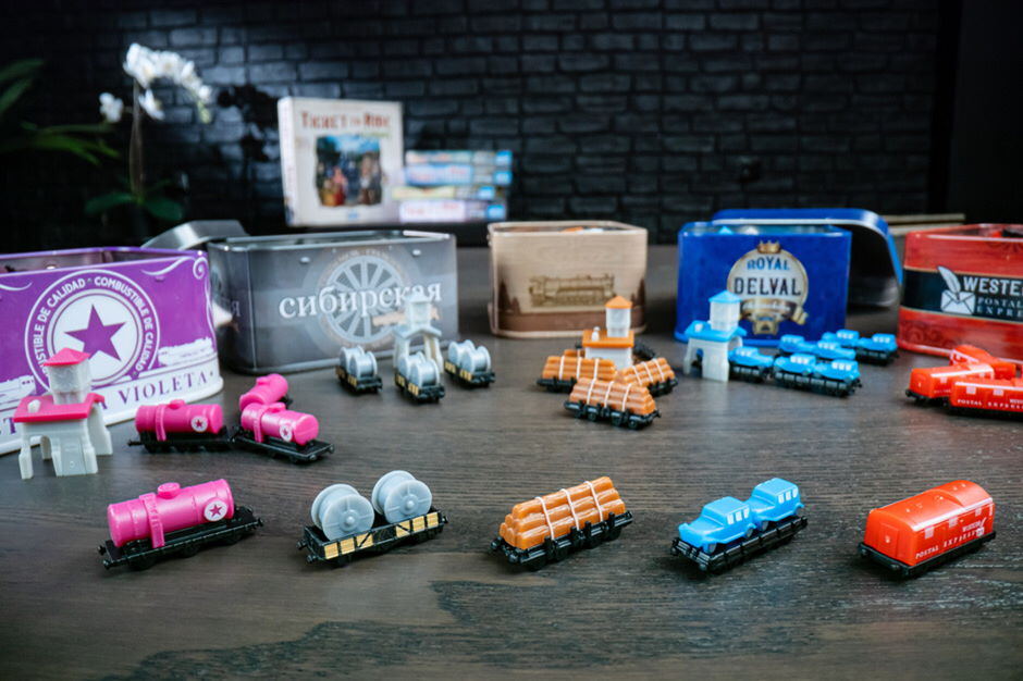 Ticket to Ride Europe 15th Anniversary Collectors Edition pieces